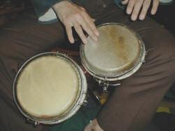 aprende a tocar bongo